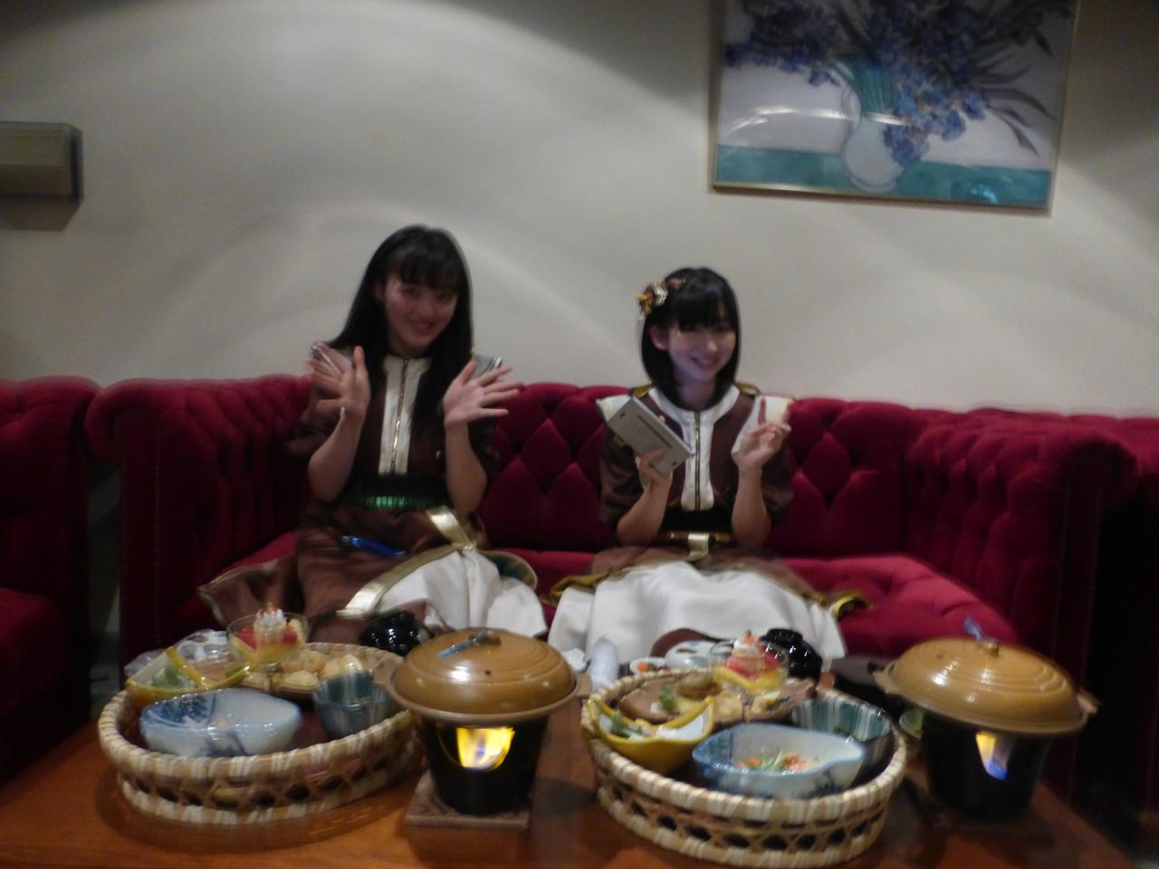 お昼は遊園地に併設されている城島高原ホテルのレストランでこんな豪華なおもてなし!(愛/きいな)
