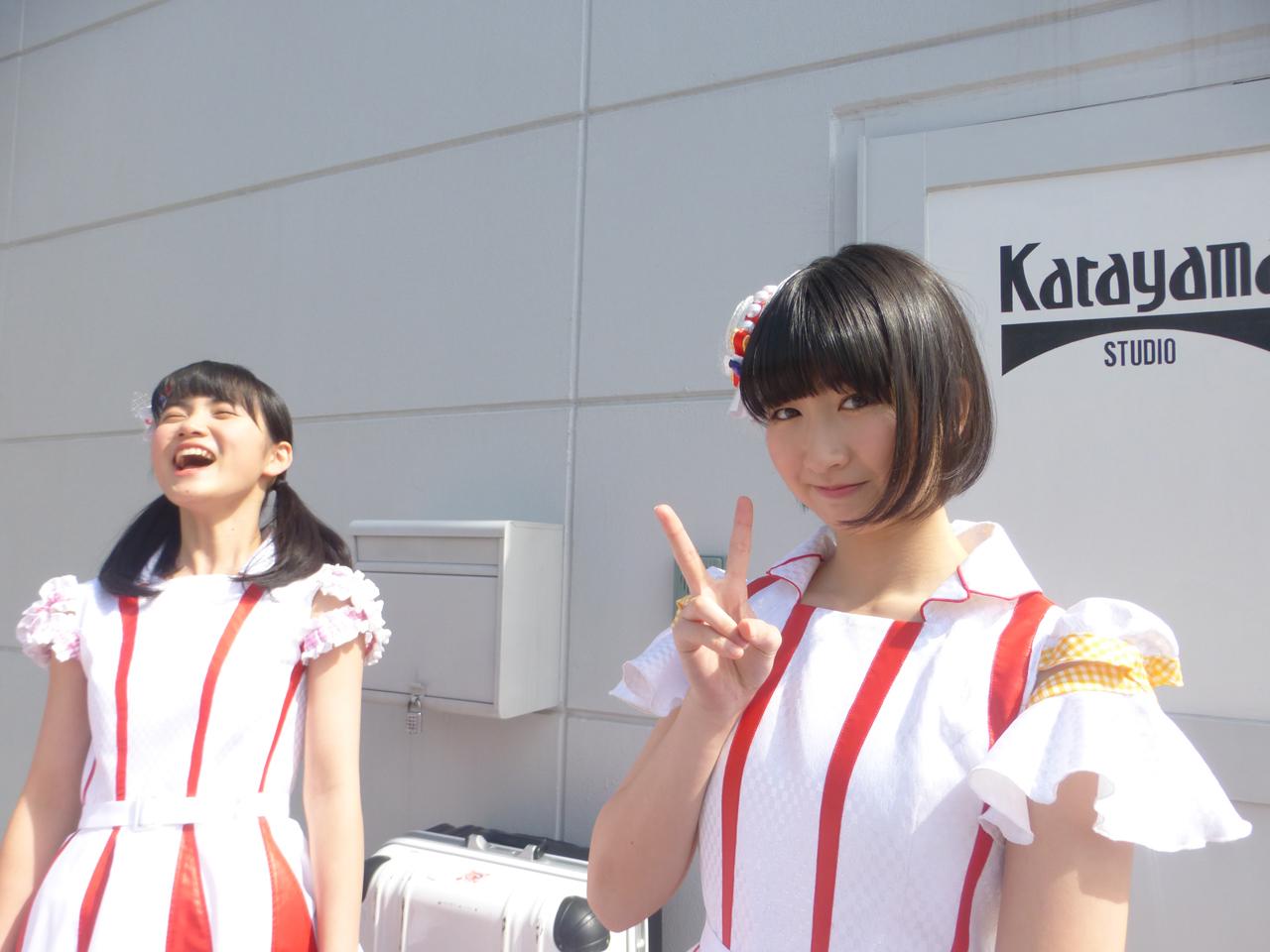 Haruno juga muka datar dengan peace. Nishigaki kenapa ya…… !? Tidak tahu jawabannya. (Arisa/Kiina)
