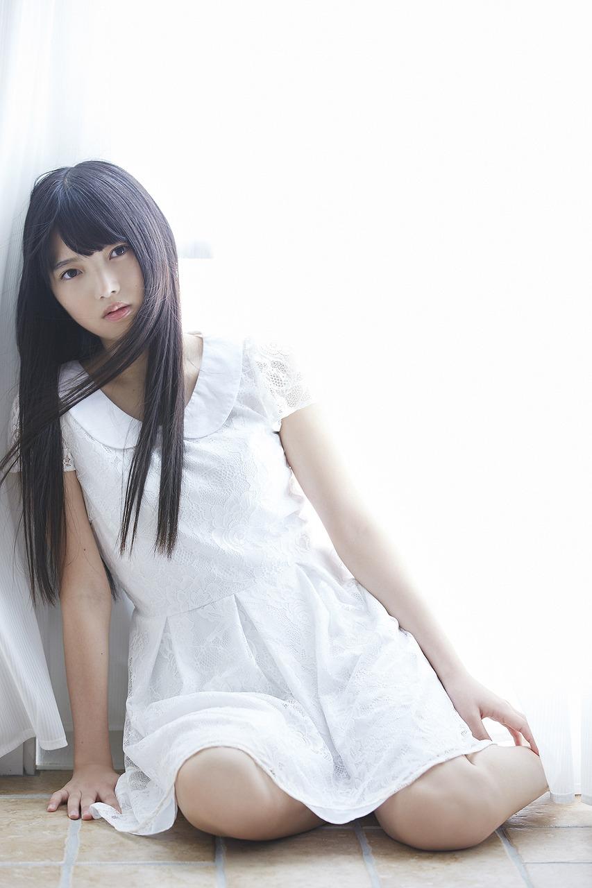 上村莉奈の色っぽい画像