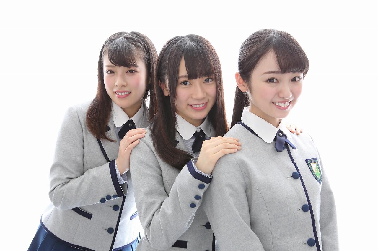 写真左から齋藤冬優花(パー)、長沢菜々香(グー)、今泉佑唯(チョキ)で決定
