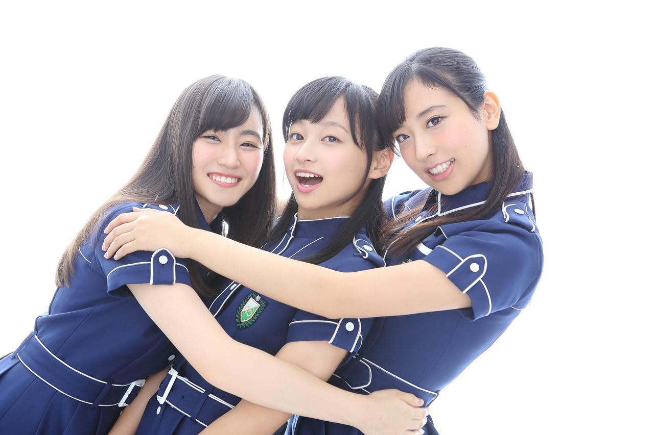 写真左から潮紗理菜(チョキ)、影山優佳(パー)、井口眞緒(グー)で決定