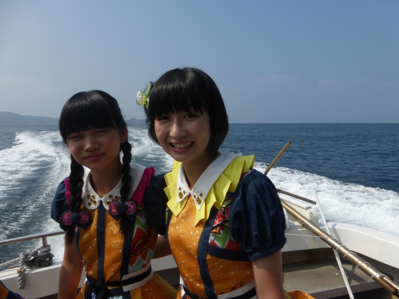 大島での撮影を終えて本土へ戻ります。海上タクシーは快適!(有彩/きいな)