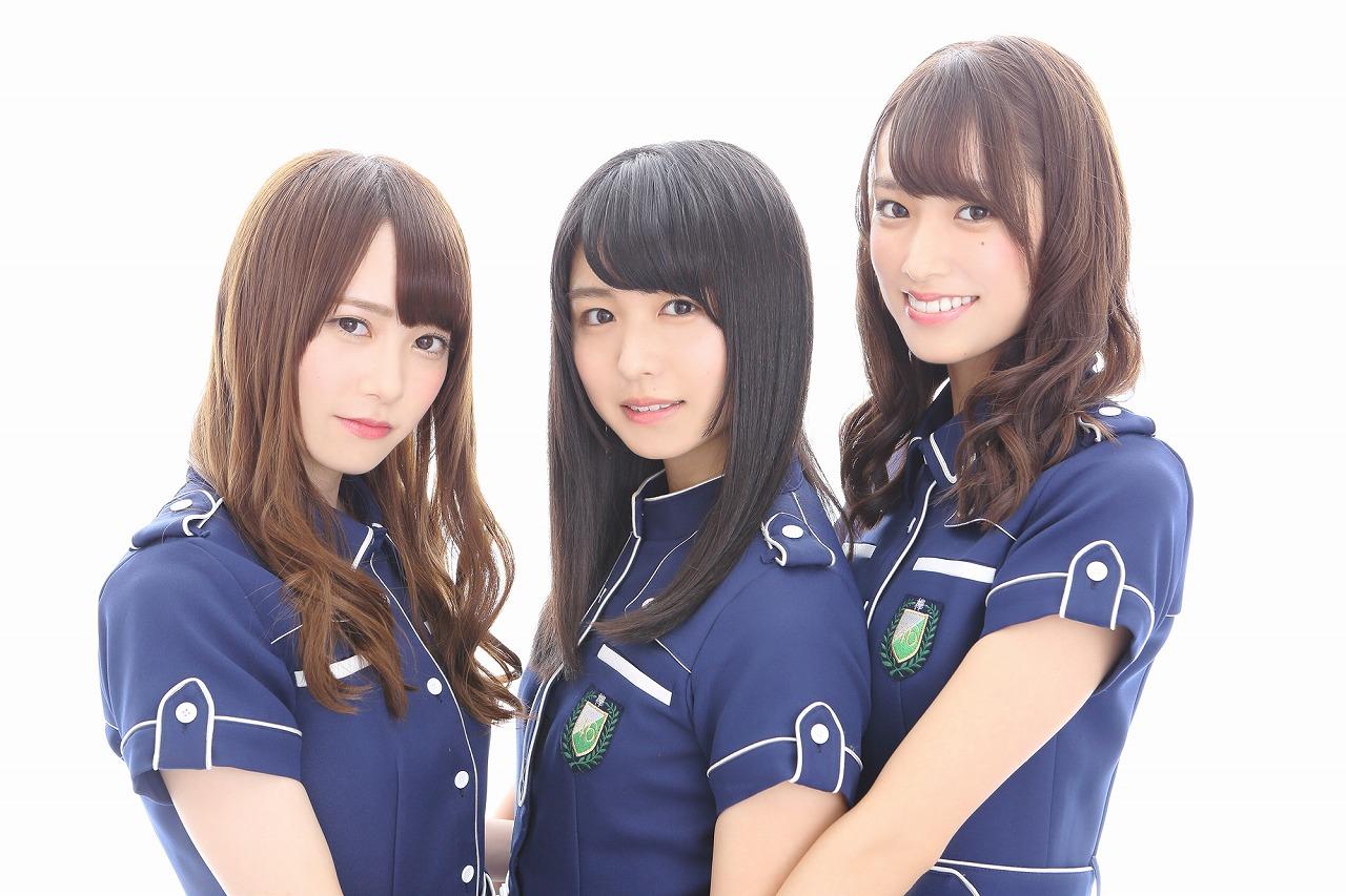 写真左から加藤史帆(グー)、長濱ねる(チョキ)、佐々木久美(パー)で決定