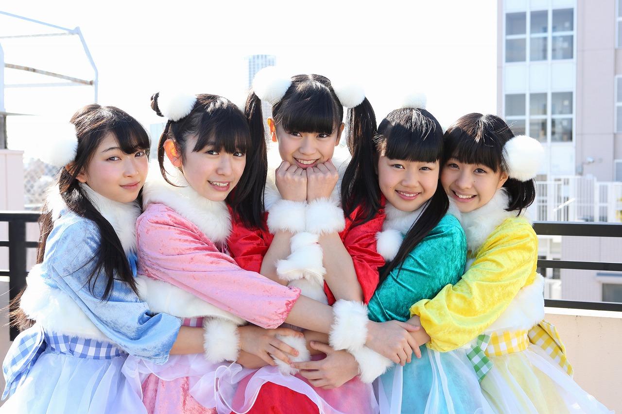 (左から)辻野かなみ、小泉遥香、坂井仁香、吉川ひより、永坂真心