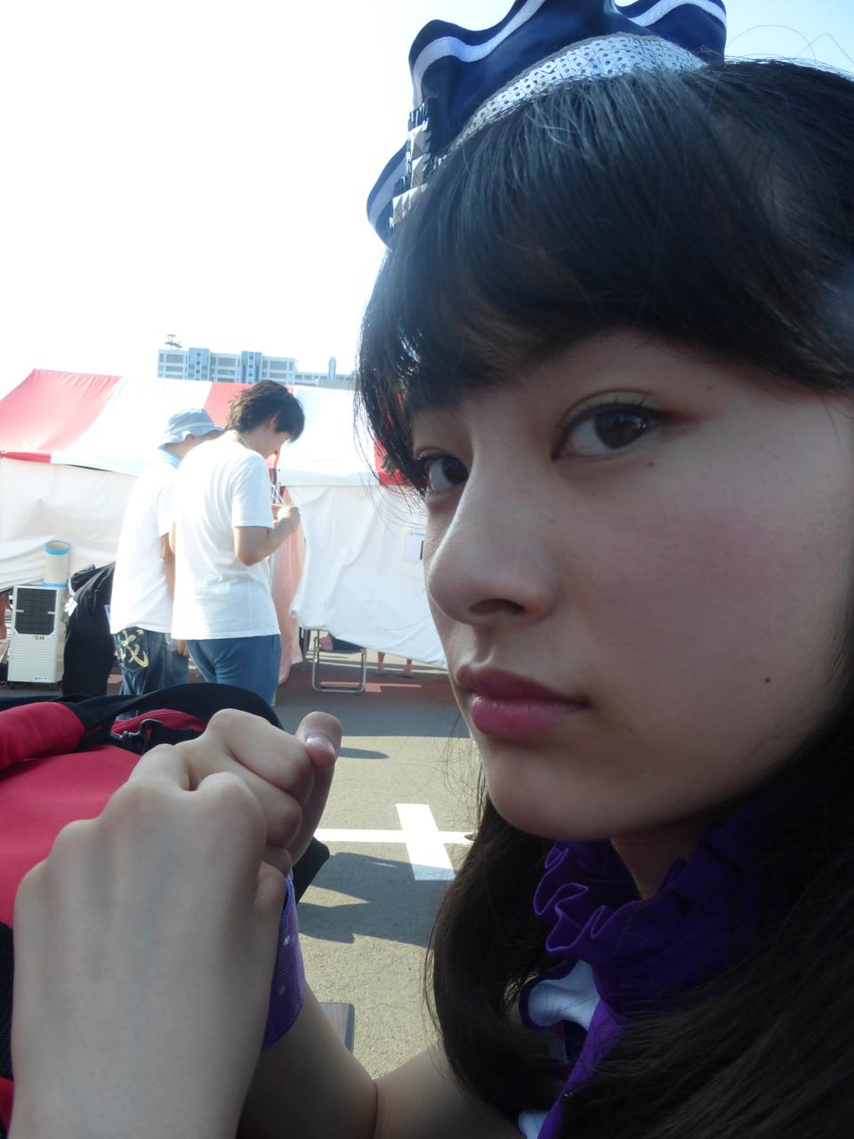 カメラに気付いた瀬田さん、撮ったのは……(さくら)
