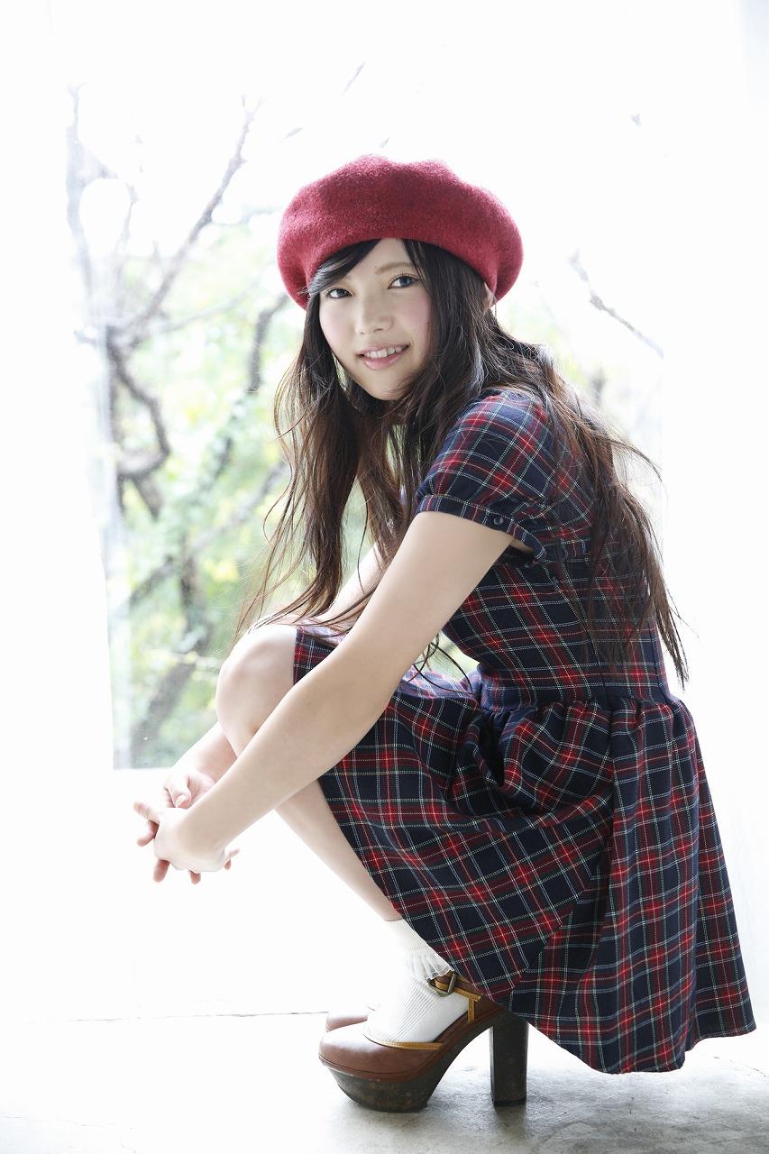 上村莉奈の私服画像